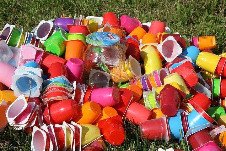 プラスチックと戦争